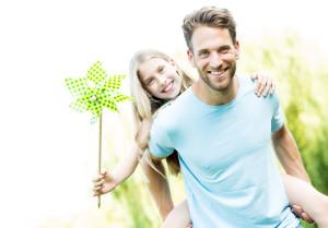 Wer ist Heide von zu Hause und weg Dating im echten Leben